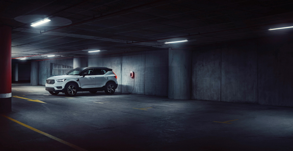 271313 Volvo XC40 Recharged